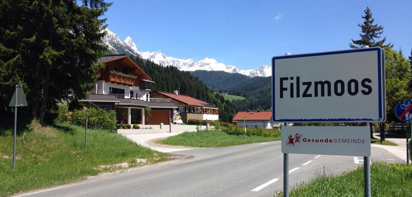 Filzmoos, Austria - Welcome to the village.jpg